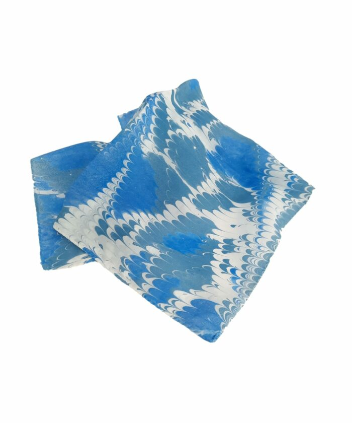 pochette scarves